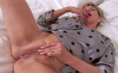 Lady Sonia in «Late Home From The Office»