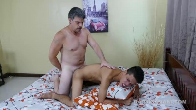 Daddy Fucks Big Dick Arjo