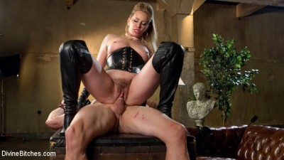 Description Maitresse Madeline Dick Drains New Slave With Her Evil Femdom Pussy!