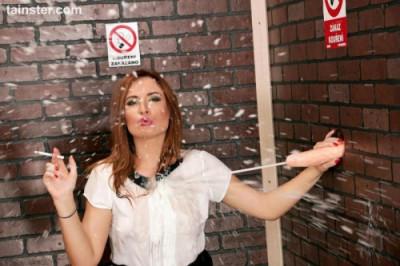 Eva Stopped Smoking Start Cuming - Eva Berger