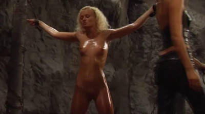 BoundHeat – The Slave Huntress
