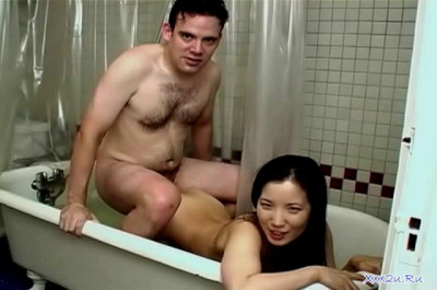 Asian Couple Homemade Porn In The Bathroom
