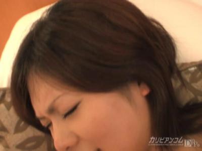 Yuri Mizukami in Horny Pregnant Mother Pt.2 (2006)