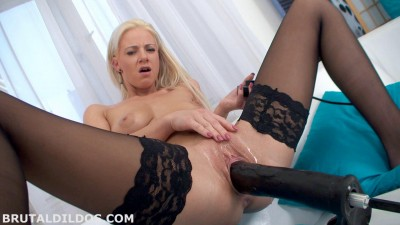 Nathaly Cherry Big Dildo Machine Fuck (2014)