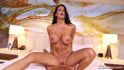 Reagan — Beautiful busty swinger webcam Milf (2016)