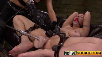 Isa Mendez And Kimber Woods Make Alessa Snow Cum with BDSM Fun (2014)