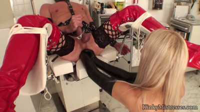 tv slave in the clinic