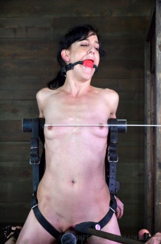 Infernal Restraints – Scream Test Part II – Elise Graves – Nov 22, 2013