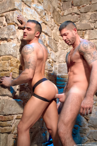RStallion - Sexo en Barcelona - Part 2, scene 01 - Adrian Toledo, Axel Brooks