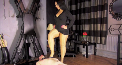 Pleased Through Her Pantyhose