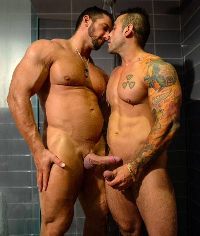 Christian Powers & Emiliano In The Scene Shower And Suck, Part1 (720p)