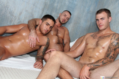 GRoom - Bangin' in the Bathhouse - Jessie Colter, Bryce Star, Christian Wilde