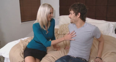 Emma Starr and Xander Corvus lessons of the first sex-Dating