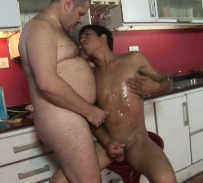 SBS – Twink Pounded In A Bar Chair