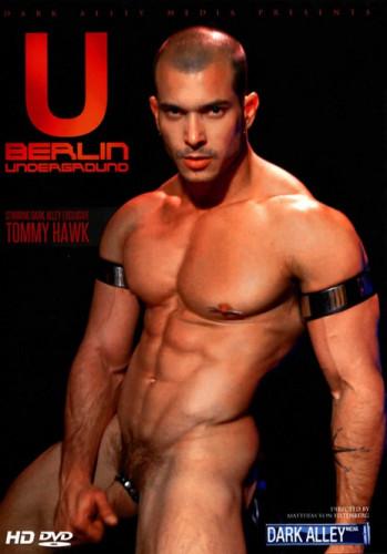 Berlin Underground - master, hand, bareback