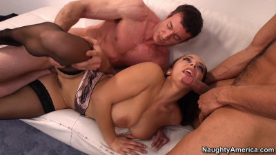 Pretty French Girl Gets Double Penetration