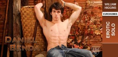 Description WHiggins - Daniel Benda - Erotic Solo - 14-11-2011