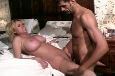 BlueJean Blondes 6, scene 3