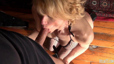 Delia DeLions – Daddy's Naughty Pet(2014)