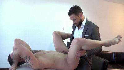 Logan Moore fucks Isaac Eliad's asshole (720p)
