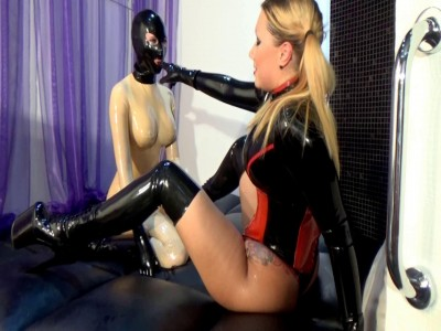 Mistress played with her slave in latex part two