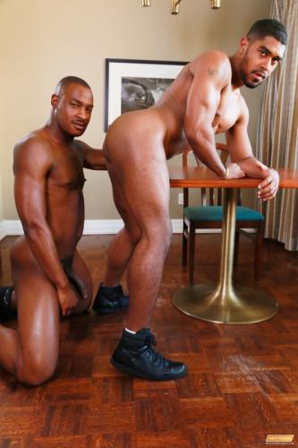 NDE-Tyson Tyler & XL