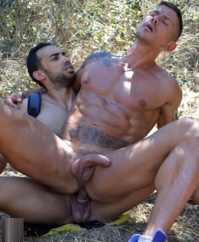 """Juan Lopez & Goran in """"The Hitchikers"""" (360p)"""