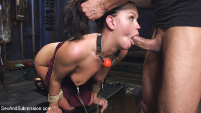 Roxy Rayes Extreme Anal Fisting Submission