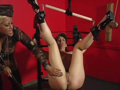 GirlPower – Bondage Squirters 4