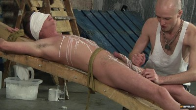 The Pleasure And Pain Of A Cock Edging Cameron James Kieron Knight 1080p (2015)