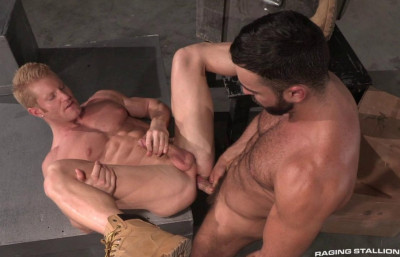 Muscles Boys Bareback