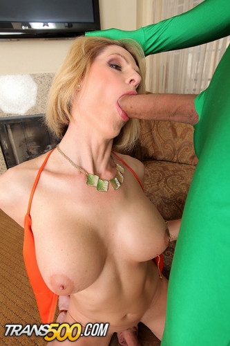 Delia Delions - Superfucked