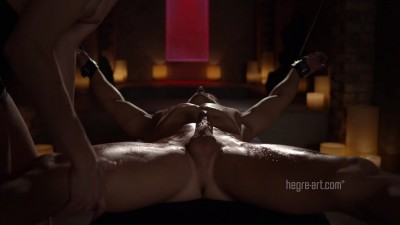 Bondage Femdom Massage — 1800p