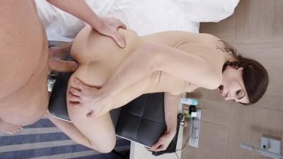 Mari Moore - Young slut in anal porn movie (2017)