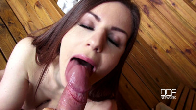 Stella Cox - Incredibly Hot Babe Blows Hard-on (2016)