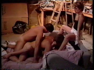 Floss bisexuals in the artists studio