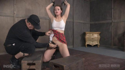 Nora Riley Our Local College Girl, Did A Live Show Complete Sexual Destruction Ensued