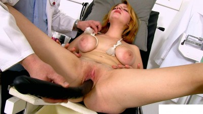My gynecologist has me fucked dildo through medical extender