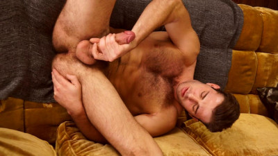 Wentworth shows us his man meat