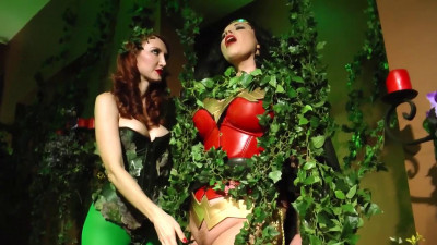 AnastasiaPierce — Wonder Woman vs Poison Ivy, Part 1