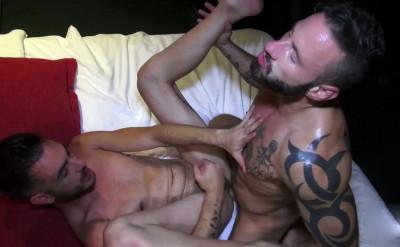 Antonio Miracle fucks Abraham Montenegro's asshole (720p)