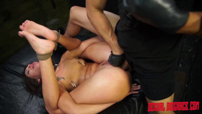 Esmi Lee Endures BDSM, Rope Bondage & Rough Anal Sex
