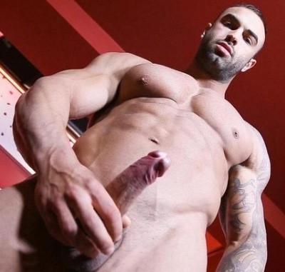 Cum muscular male!