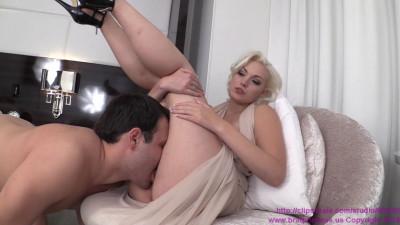 Jenna Ivory Beg to Lick My Pussy (2015)
