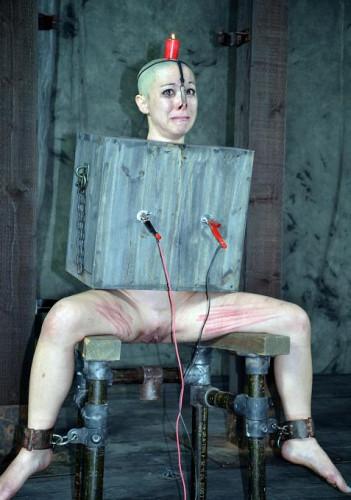 Extreme BDSM session