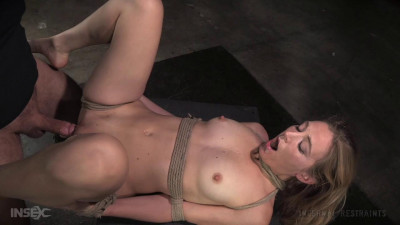 Mona Wales - Sexbomb gets tied up and roughly taken from both ends by dick (2016)