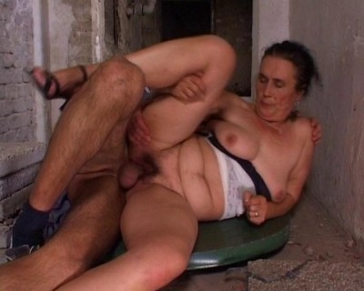 Old couple with a lovely fuck