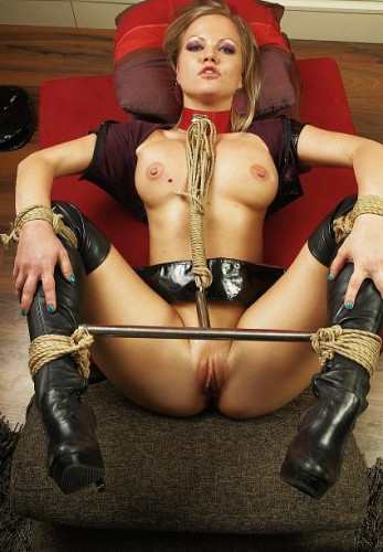 Fetish Hoe in BDSM