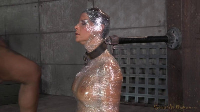 Sexy Syren De Mer saran wrapped mummified shackled services cocks epic deepthroat! (2014)
