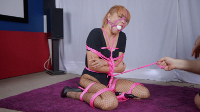 Doxy Tied in Place (2016)